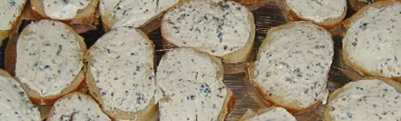 Toasts au saint moret et à la truffe de bourgogne